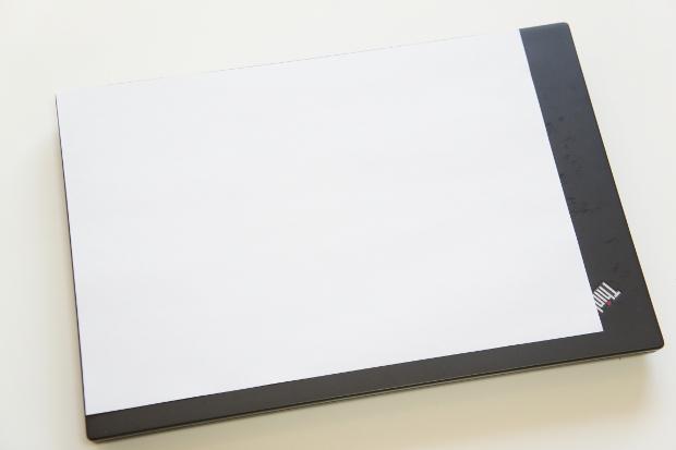 ThinkPad T440s の大きさ比較
