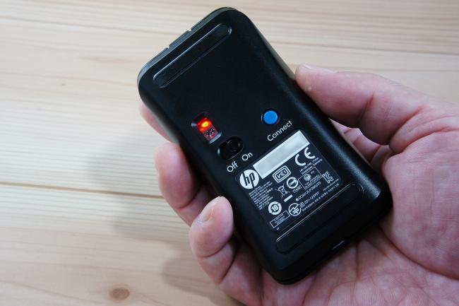 マウス底面には[Connect]ボタン