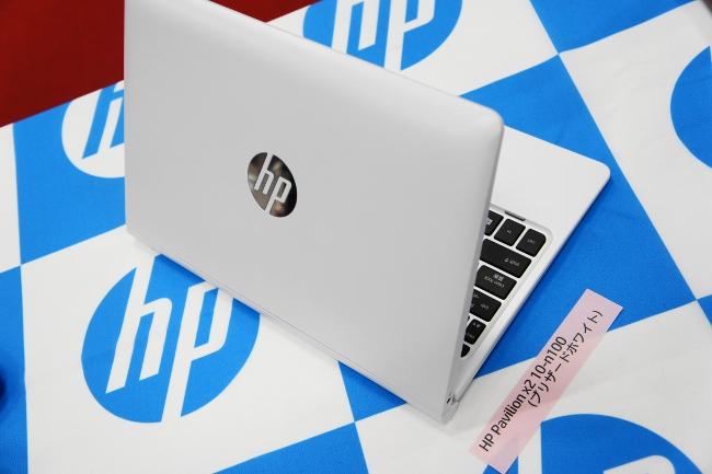 HP Pavilion x2 10-n100 ブリザードホワイト天板