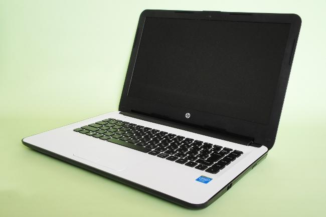 HP 14-ac100 ベーシックモデル