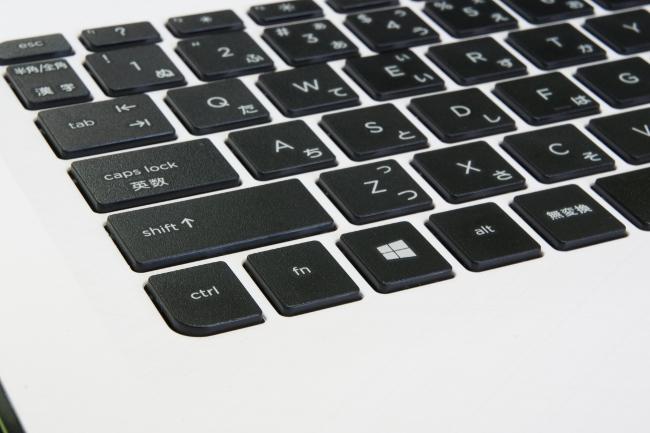 標準的なファンクションキーの使用は[fn]キーを押しながら