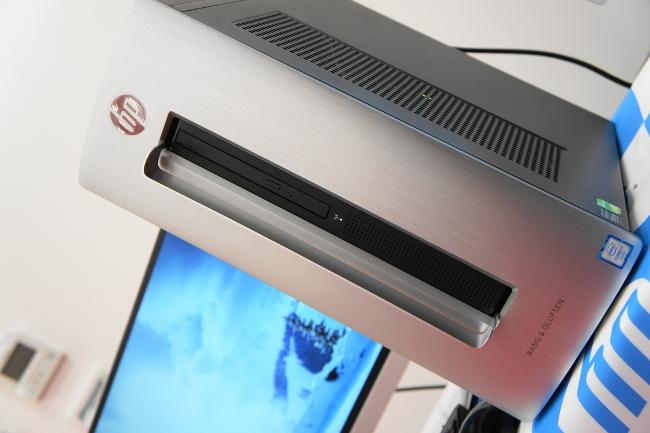 HP ENVY 750-180jp/CT 前面側センターライン