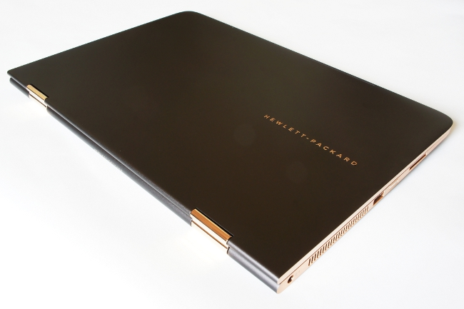HP Spectre 13 x360 のトップカバー