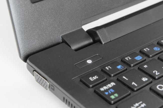 LB-J520S-SSD の電源スイッチ