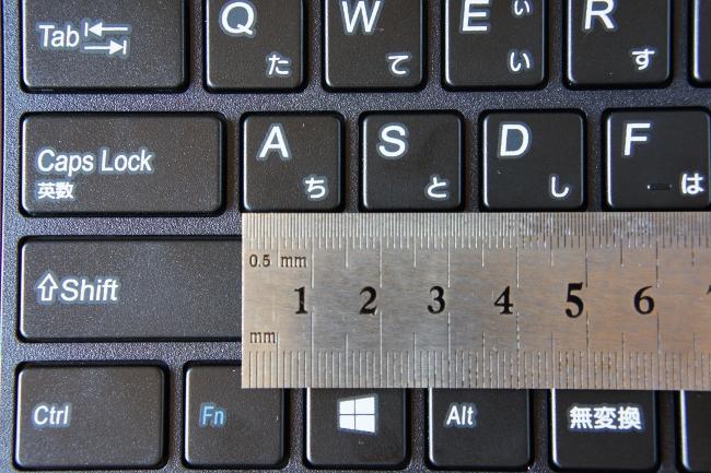 キーピッチは 18mm