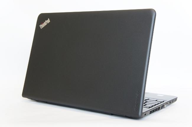 ThinkPad E560 背面から撮影