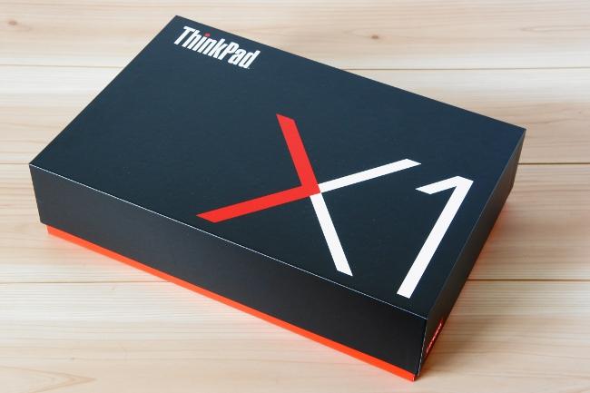 『ThinkPad X1 Carbon』の化粧箱