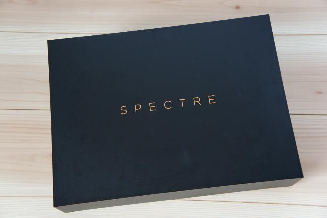 『HP Spectre 13』の化粧箱