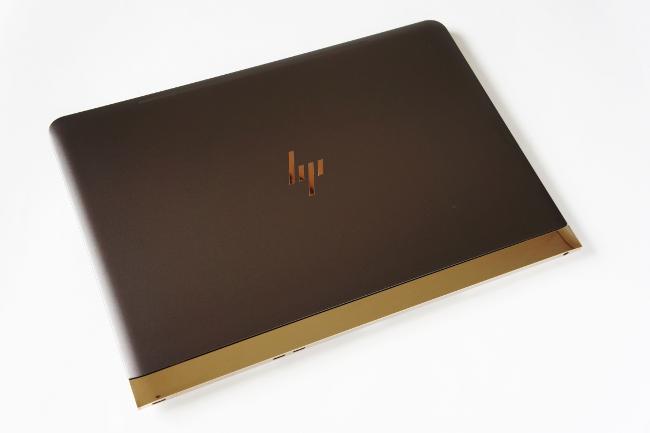 HP Spectre 13 トップカバー(その1)