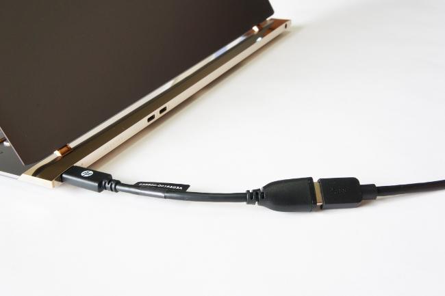 USB A 変換アダプター
