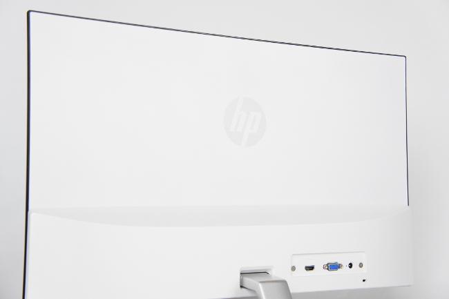 HP 24er モニター 背面側のカーブ