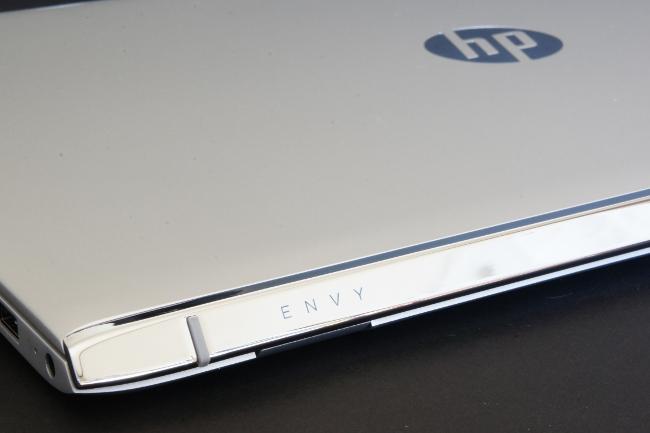 HP ENVY 15-as100 トップカバー(その2)