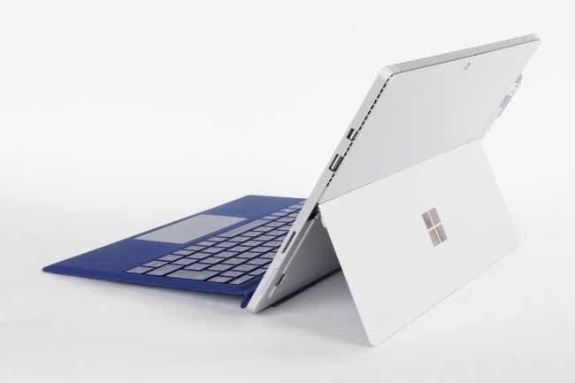 Surface Pro 4 背面側(その2)