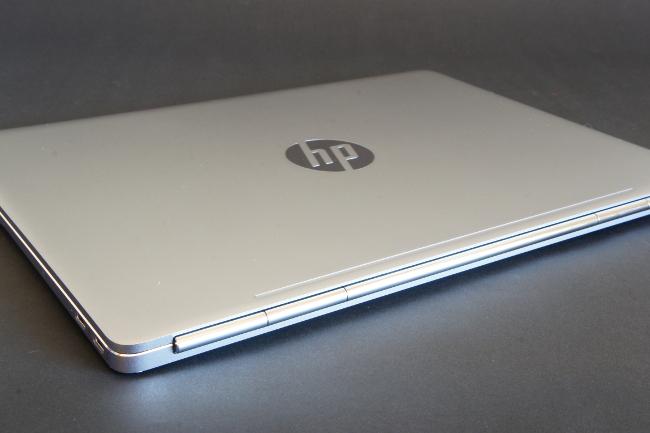 HP EliteBook Folio G1 トップカバー(その2)
