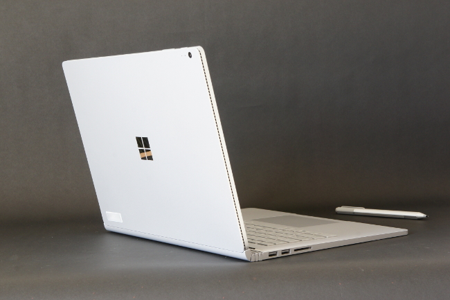Surface Book 背面側(その1)