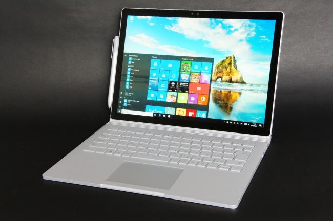 Surface Book 正面(その1)