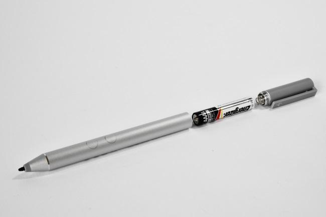 アクティブペンの電源は単6型(AAAA)の乾電池