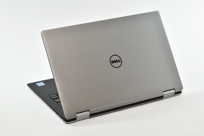 XPS 13 2-in-1 背面側(その1)