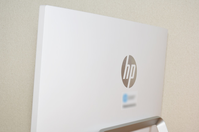 HP Pavilion 24-a200jp 背面側パネル