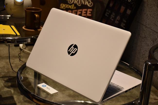 HP 15 背面側