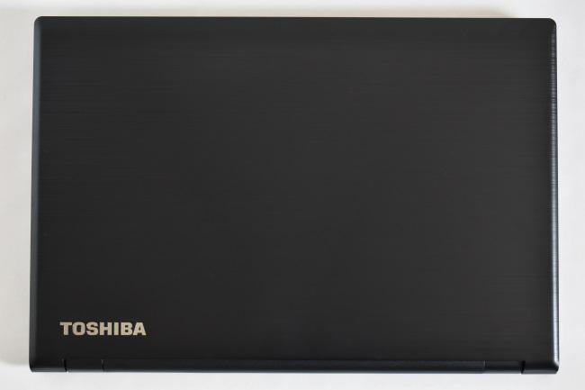 dynabook AZ35/D 天板(その1)