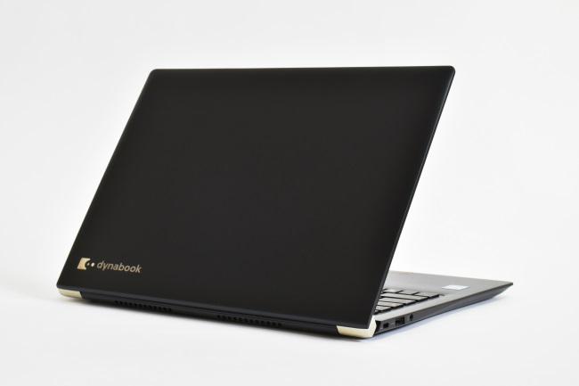 dynabook UZ63/D 背面側(その1)