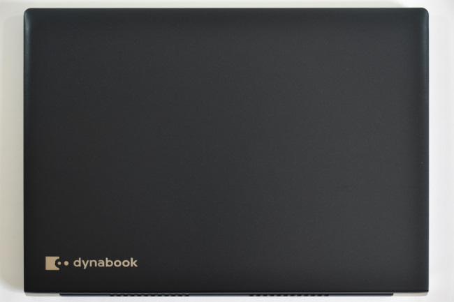 dynabook UZ63/D 天面(その1)