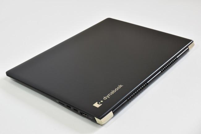 dynabook UZ63/D 天面(その2)
