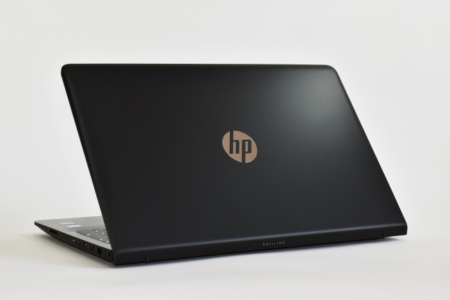 HP Pavilion Power 15-cb000 背面側(その2)