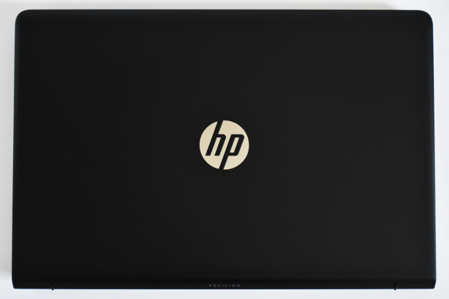 HP Pavilion Power 15-cb000 天面(その1)