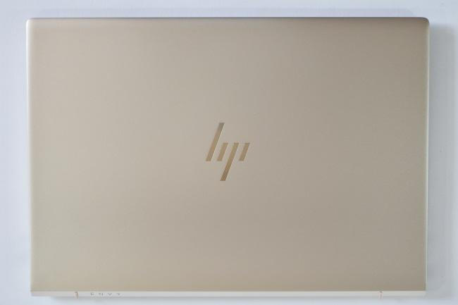 HP ENVY 13-ad000 天面(その1)