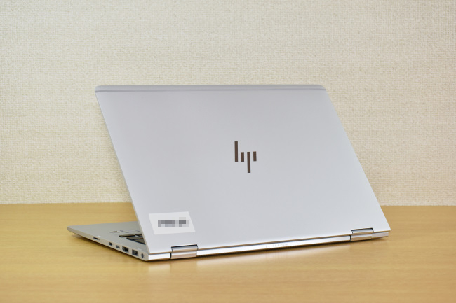 HP EliteBook x360 1030 G2 背面側(その2)