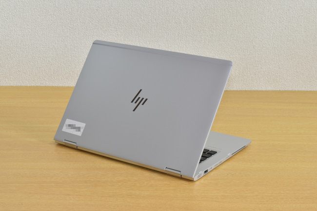 HP EliteBook x360 1030 G2 背面側(その3)