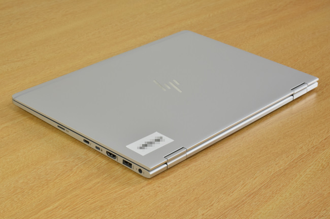 HP EliteBook x360 1030 G2 天面(その2)