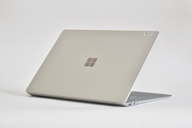 Surface Laptop 背面側(その1)