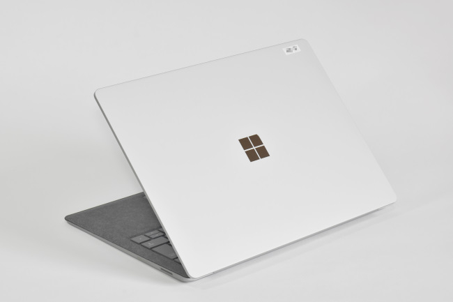Surface Laptop 背面側(その2)
