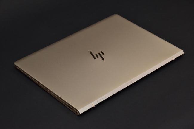 HP ENVY 13-ad100 天面(その2)