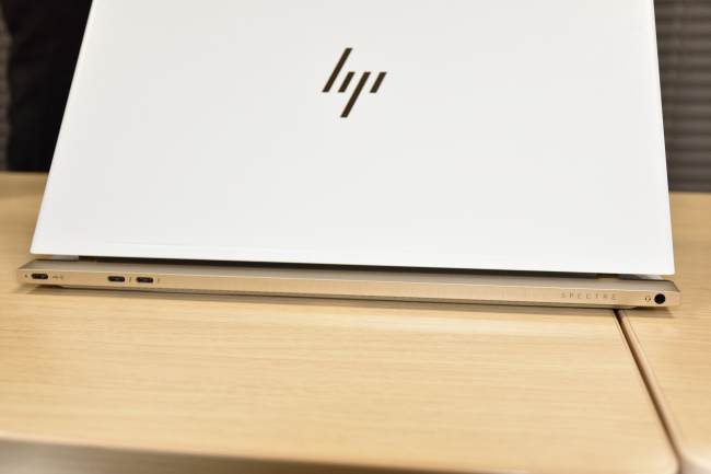 HP Spectre 13 インターフェース