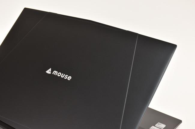 m-Book K686XN-M2SH2 天面ロゴ