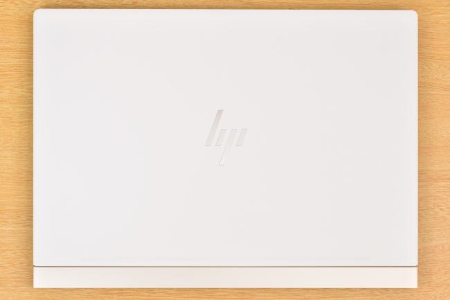 HP Spectre 13 天面(その1)