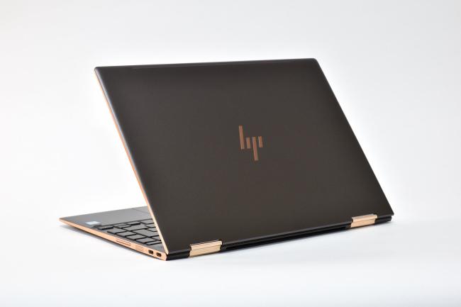 HP Spectre x360 13 背面側(その2)