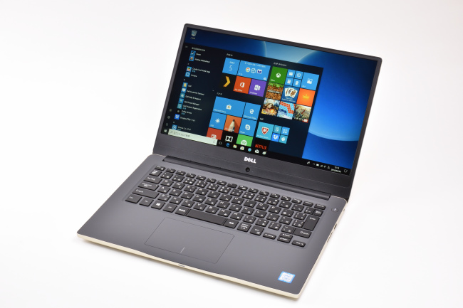 Inspiron 14 7000 正面