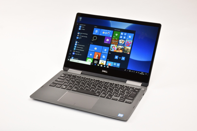 Inspiron 13 7000 2-in-1 正面