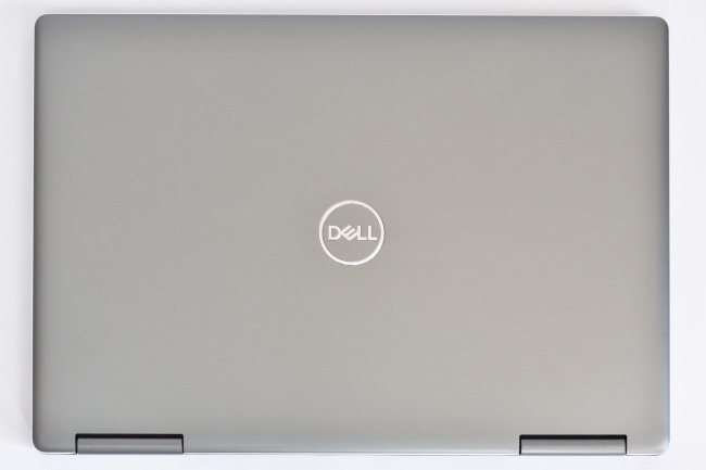 Inspiron 13 7000 2-in-1 天面(その1)