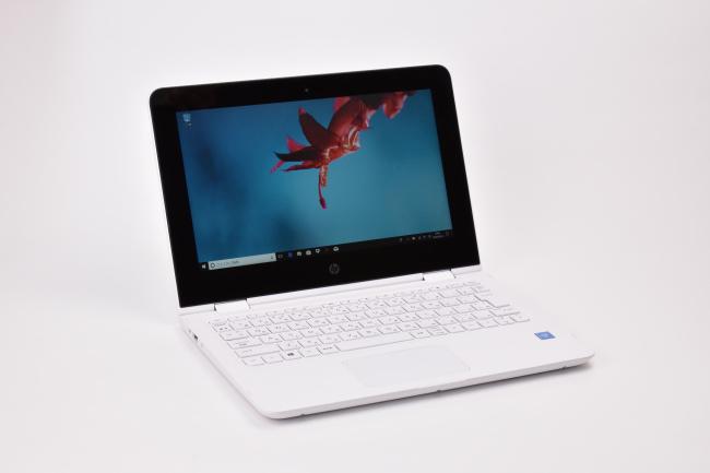 HP x360 11-ab000 正面(向かって斜め左)