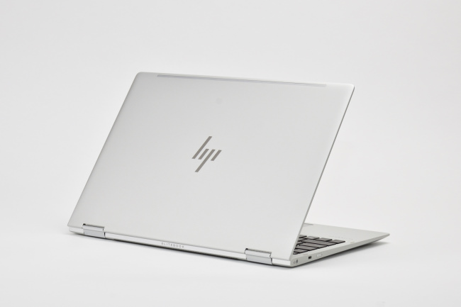 HP EliteBook x360 1020 G2 背面側(その1)