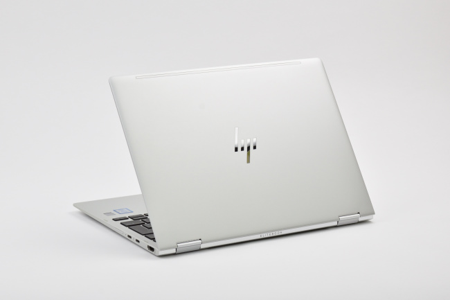 HP EliteBook x360 1020 G2 背面側(その2)