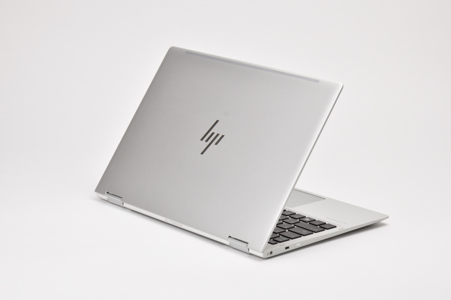 HP EliteBook x360 1020 G2 背面側(その3)