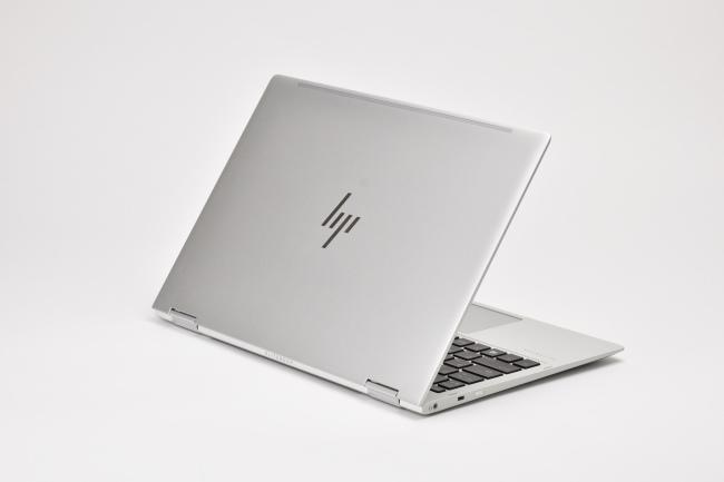 HP EliteBook x360 1020 G2 背面側(その3)