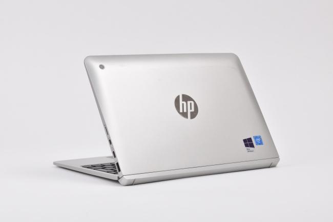 HP x2 210 G2 背面側(向かって斜め左)